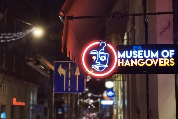 """Izložba """"Povijest alkoholnih pića"""" u Muzeju mamurluka"""
