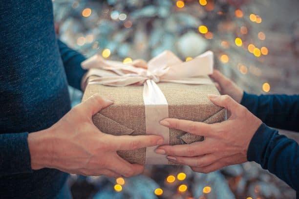 Božić je iza ugla, a još niste odabrali poklone? Evo par prijedloga koji bi se mogli svidjeti ženama